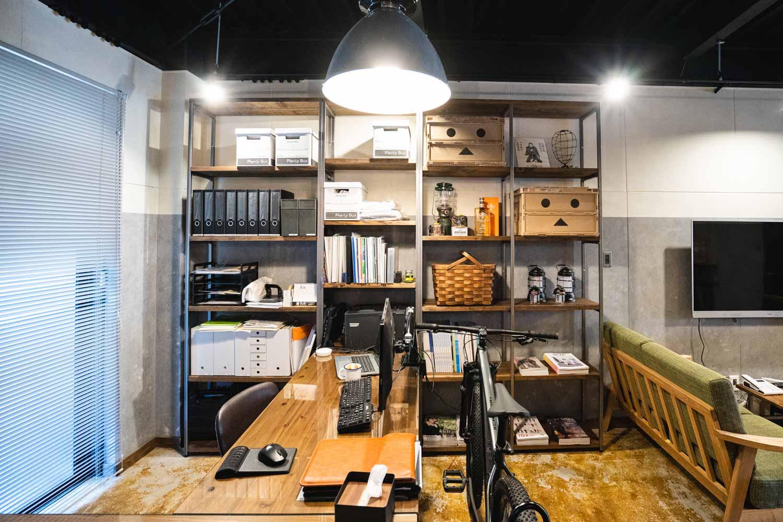 アパレル会社 事務所 アイディーエル I.D.L COMPANY 愛知県江南市の建設会社・リノベーション